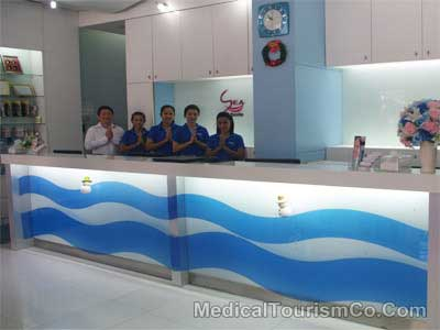 Staff at Dental Clinic in Phuket - Thailand