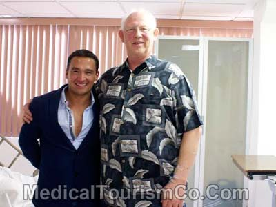Roy Butler with his bariatric surgeon in Tijuana