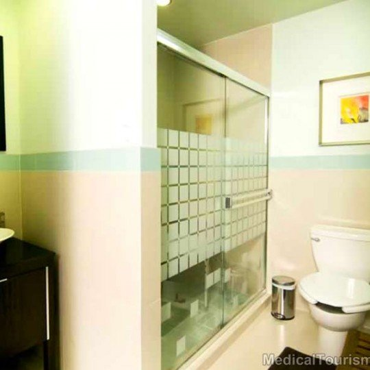 Bathroom Twin Towers Hospital in Tijuana - Mexico