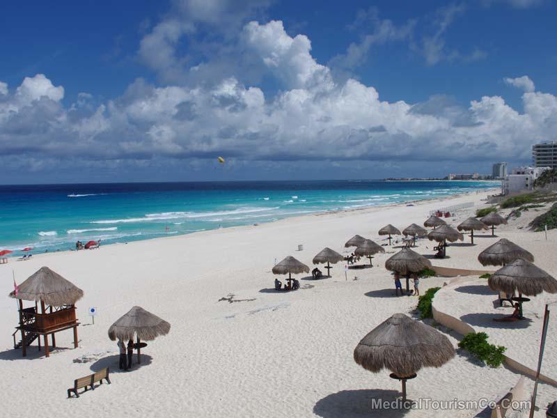 Beautiful white sand beach in Cancun