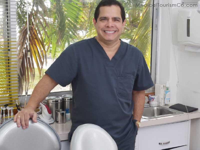 Dr. Jairo Montoya- Dentist in Cartagena