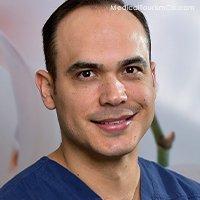 Dr. Daniel Rodríguez | Dentist in Costa Rica