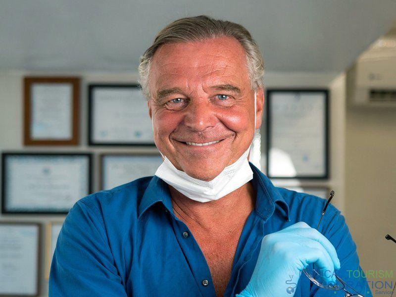 Dr. HC Koty   Dentist in Cabo