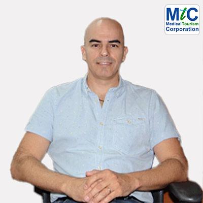 Dr. Benjamín Valle | Puerto Vallarta Dentist