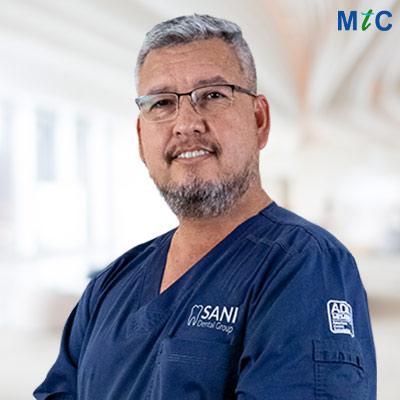 Dr. Alejandro Rivas | Cancun Cosmetic Dentist