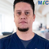 Dentist in Mexico: Dr. Christian Baldomero Estrada Saldivar