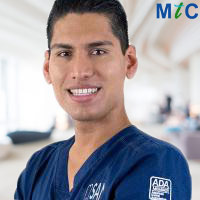 Mexican Implantologist: Dr. Omar Gerardo Valero Monroy