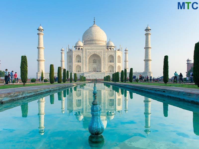 Taj Mahal, India   Orthopedic Surgery Abroad